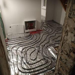 instalacja ogrzewania podłogowego 1
